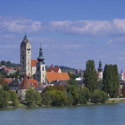多瑙河畔克雷姆斯 18间公寓