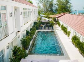 白色精品酒店和公寓,位于西哈努克的酒店