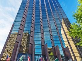 西雅图皇冠假日酒店,位于西雅图的酒店