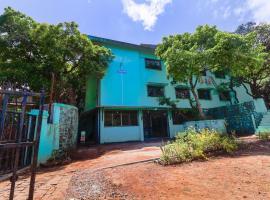 OYO 70555 Spring Field,位于马哈巴莱斯赫瓦尔的酒店