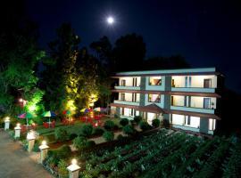 Shivsagar Farm House,位于马哈巴莱斯赫瓦尔的酒店