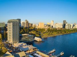 Doubletree By Hilton Perth Waterfront,位于珀斯的酒店