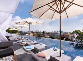 PATIO城市度假酒店,位于金边的酒店
