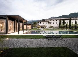Monastero Arx Vivendi,位于阿科的酒店