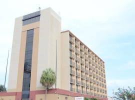 休斯顿西南罗马纳酒店,位于休斯顿的酒店