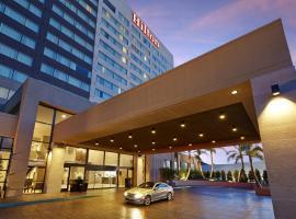 圣地亚哥米申山谷希尔顿酒店,位于圣地亚哥的酒店