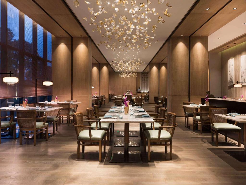上海客莱福诺富特酒店 (原:上海康桥诺富特酒店)餐厅或其他用餐的地方