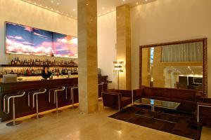 阿拉希亚酒店酒廊或酒吧区