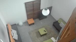 VistaFreita- Rooms & Suites的休息区