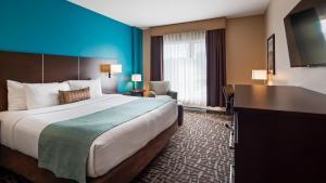 蒙特利尔贝斯特韦斯特优质酒店客房内的一张或多张床位