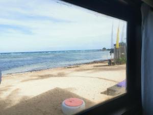 度假酒店旁或附近的海滩