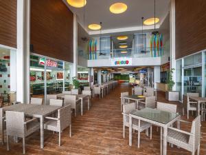 长滩岛市区酒店餐厅或其他用餐的地方