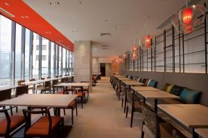 JR九州花博中心酒店餐厅或其他用餐的地方