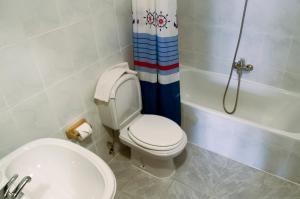 阿尔戈栋旅馆的一间浴室