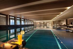天津海河悦榕庄内部或周边的泳池