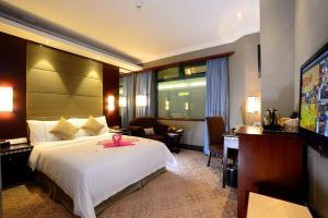 深圳恒丰海悦国际酒店(宝安)客房内的一张或多张床位