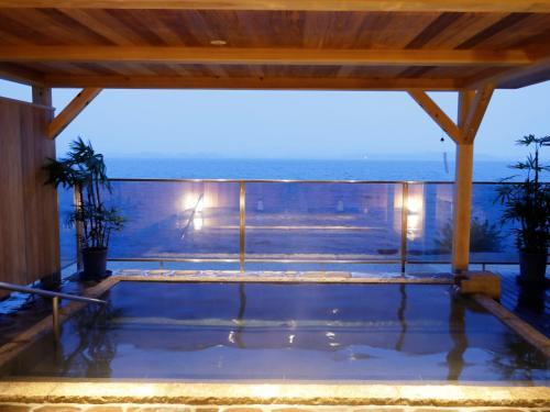 海景或在日式旅馆看到的海景