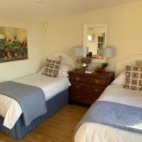 Gardeners Cottage Lodge,位于切尔滕纳姆的酒店