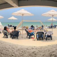 热带风情酒店,位于巴鲁岛的酒店