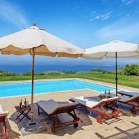 Lakithra Villa Sleeps 9 Pool Air Con WiFi,位于拉基索拉的酒店
